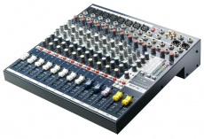 Soundcraft EFX8 mikseri